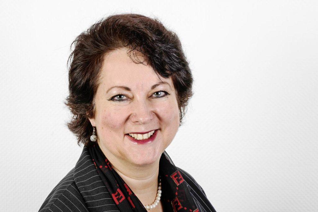 Dr. Corinne Saner